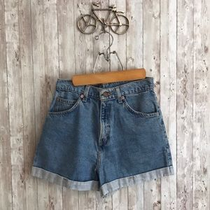 Vintage Levi's 954 denim roll up shorts